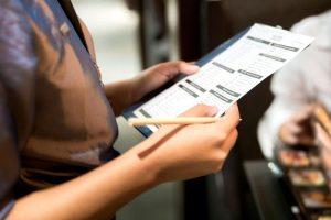 Преминаване на медицински преглед на персонала